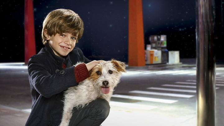 niño-con-el-perro-Luca